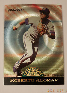 1993 Pinnacle Cooperstown Dufex #29 Roberto Alomar MINT or GEM MINT!