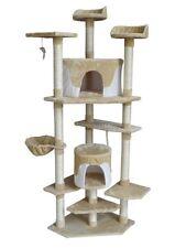 Tiragraffi e strutture albero bianchi per gatti