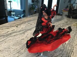 Vintage Marin Chiclana Spanish Doll Flamenco Dancer RED Gown