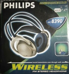 Philips Wireless Rechargeable HC 8390 Wireless FM Stereo Headphone Good Conditio