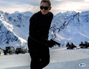"DANIEL CRAIG Signed Autographed ""JAMES BOND 007"" 11x14 Photo Beckett BAS #S29095"