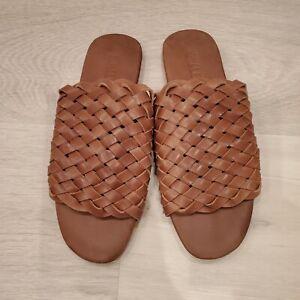 New Mihaleo Woven Leather sandals Size 7 Saddle $149- like St. Agni