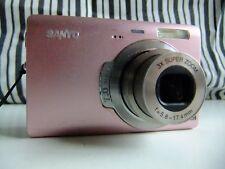 sanyo vpc t700 7 megapixel digital camera / pink.