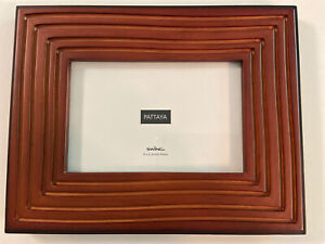 "Swing Pattaya Wood Picture Frame, 4x6"" Carved Lines NEW"