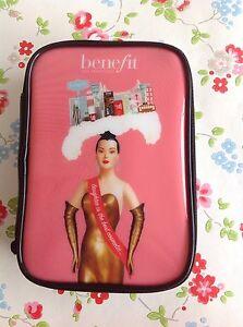 NEW ⭐️BENEFIT⭐️Cosmetic Makeup Gabbi Bag Case Purse Cosmetic⭐️Simone Catalog⭐️