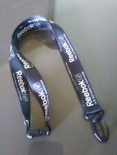 Llavero Reebok Lanyard Key Chain Cuello Colgar Llaves Cinta Sport Fashion Blanco