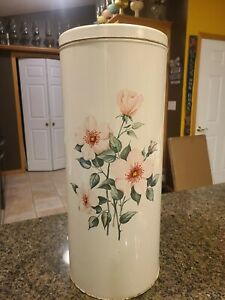 Vintage Metal Laundry Hamper Trash Can with Lid with Pink Flowers