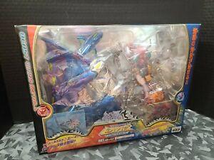 Takara Japanese Transformers Beast Wars Metals Depth Charge vs. Inferno VS-46