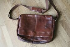 Wilsons Leather Mens Rugged Leather Messenger Bag-Magnetic Closure Brown NWOT