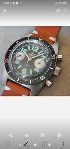 Rare Chronographe suisse 1970 tout acier NOS