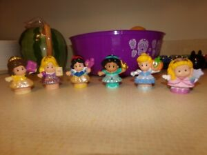 Fisher Price Little People Disney Princesses Lot of 14.