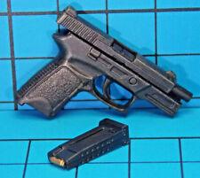 Hot Toys 1:6 MMS95 Terminator La Salvación John Connor figura-Pistola + Clips x3