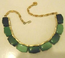 VINTAGE SGND LISNER SHADES OF GREEN RECTANGULAR LUCITE PIECES CHOKER NECKLACE
