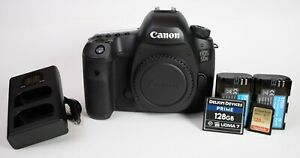 Canon EOS 5DS 50.6MP DSLR Camera w/ 128g CF and SD cards, ~1400 shutter count