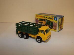 MATCHBOX TRANS. S/F NO.4-A DODGE CATTLE TRUCK SPIRO FRONT & REAR 4 SPOKE CENTER
