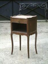 Ancienne petite table de chevet 1950, de style..........CHENE