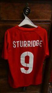 England Away Football Shirt Jersey 2014 STURRIDGE 9 Large Boys 12-13 Years