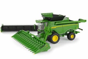 John Deere X9 1100 Header with two fronts - 1/64 scale