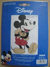 MICKEY disney  souris animaux personnage - KIT POINT DE CROIX de JANLYNN 1ex