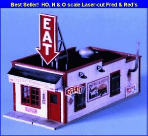 N Scale - Fred and Red's Cafe - Laser Cut Wood, BUILDING KIT  - BLN-090