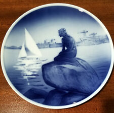 Royal Copenhagen Little Mermaid At Langelinie Denmark Plate 8""