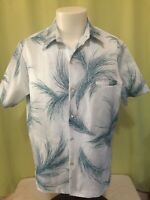 Vintage Tori Richard Men's Light Blue Floral Hawaiian Shirt Size Large Polyester