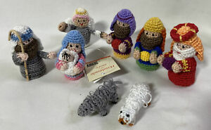 Serry Hand Crafted Knitted / Crochet Nativity Set