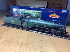 Bachmann 32-555 BR Green Late Crest 4-6-2 A1 Class Loco 60130 Kestrel