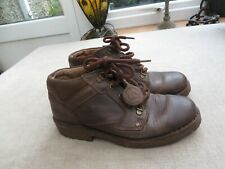 Clarks ladies brown leather walking boots bronze detail 5.5