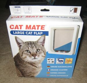 Cat Mate Large 4-Way Locking Cat Flap 221W