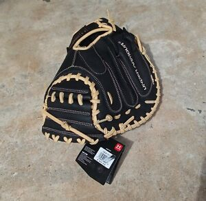 "Under Armour Framer Youth Catching Catchers Mitt (33.5"") UACM-101A - RHT New"