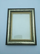 Vintage Wooden Picture Frame 9 x 7 inches RNC0095