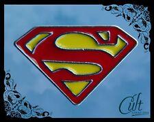 Superman metal and enamel small Pin Badge Free UK post.