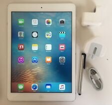 EXCELLENT Apple iPad Air 16GB, Wi-Fi, 9.7in - Silver