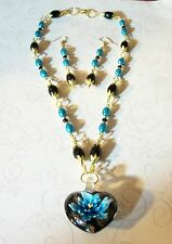 HAND MADE BLACK & BLUE GLASS PEARL/CRYSTAL NECKLACE W/GLASS HEART PENDANT/EAR.