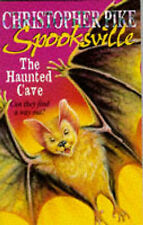 (Good)-The Haunted Cave (Spooksville) (Paperback)-Christopher Pike-0340661151