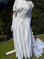 Polyester Portrait/Off-Shoulder Unbranded Wedding Dresses
