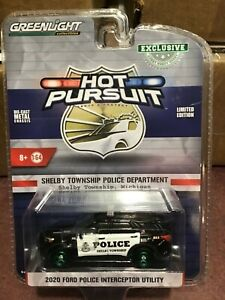 Greenlight  Hot Pursuit 2020 Ford Utility Shelby Township Police GREEN MACHINE