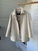 Women's Burberry London Beige Quilted Coat Jacket Size 40 XL