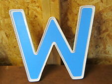 PLASTIC LETTER--W---13.5 INCHES