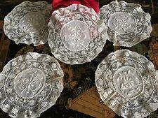 Incrustations anciennes Fonds de bonnet  VENTE à l'UNITE Mercerie Ref: INC/13