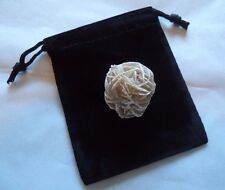 Desert Rose Selenite Flower: Protection Set - Stone plus Velvet Bag