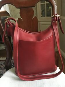 VINTAGE COACH RED LARGE SLIM DUFFLE SAC--STYLE 9060--COMPLETELY REHABBED--EVC