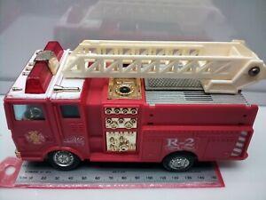 1:40 Scale? Mack MC MR Cab Ladder Fire Engine - Plastic - Battery - Model Truck