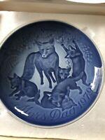 1979 Bing & Grondahl B&G Porcelain Mothers Day Mors Dag Fox and Kits Plate