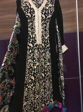 Threads e motivi Pakistano Designer Abito Ricamato Piccolo