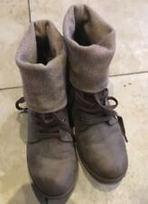 Rocket Dog Boots Temecula Natural Brown  Women's size 8