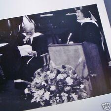 BIRGIT NILSSON receiving Manhattan School of Music Honorary Degree CANDID PHOTO