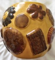 "1950's LOS ANGELES POTTERIES "" COOKIES ALL OVER "" MARKED COOKIE JAR MISSING LID"