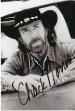 Chuck Norris + + AUTOGRAFO + + + + missing in Action + +2